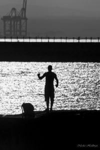 Un pêcheur au Héron à Djibouti
